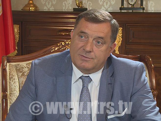 Dodik na RTRS foto.jpg