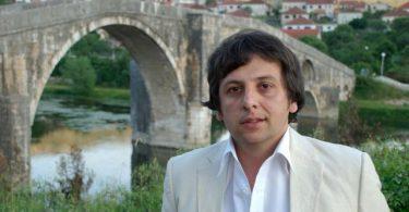 Narodni poslanik u Narodnoj Skupstini Republike Srpske Nebojša Vukanović info blog novinar i disident iz Trebinja